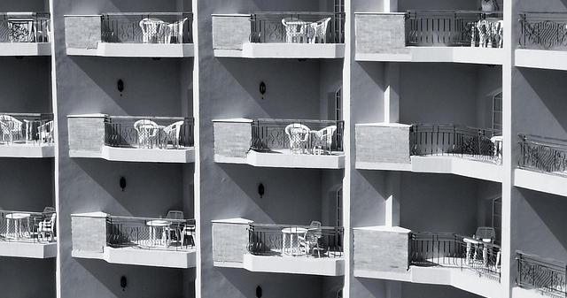 erschreckend nur 1 2 schicken kinder beim rauchen raus auf den balkon die entenpost. Black Bedroom Furniture Sets. Home Design Ideas