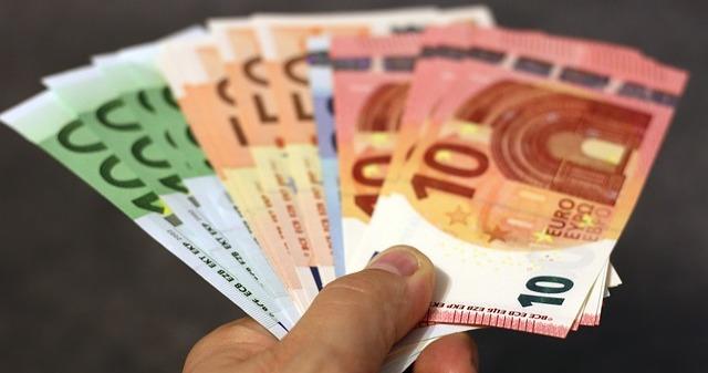 Inflationsbereinigung österreichische Euro Scheine Und Münzen Ab