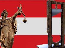 Österreich-Fahne mit Göttin Justitia und Guillotine