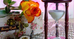 Rose und Sanduhr