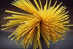 Spaghetti roh oder gekocht?